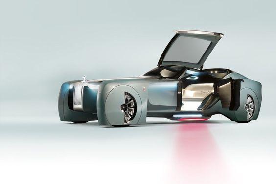 Der Rolls-Royce macht den Bordstein zur Bühne und rollt den Insassen einen...