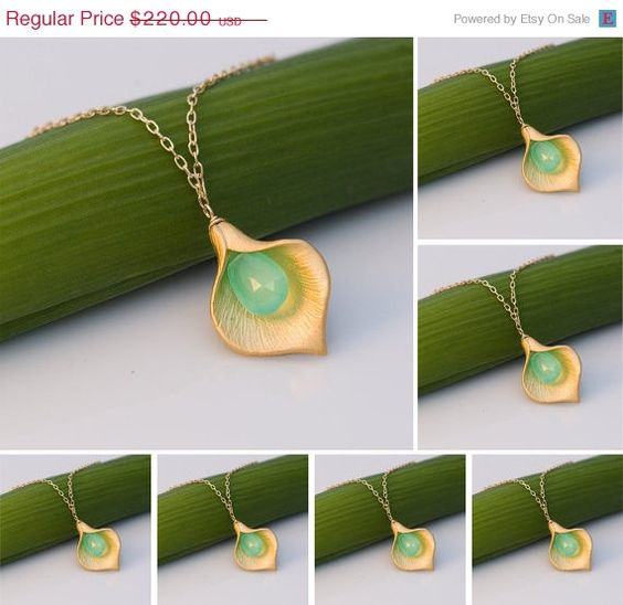 LABOR DAY SALE  Set of 7  Chrysoprase Calla Lilly by delezhen, $187.00