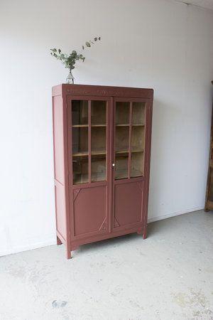 Vintage Vitrine Kast In Karmozijn Rood Voor Op De