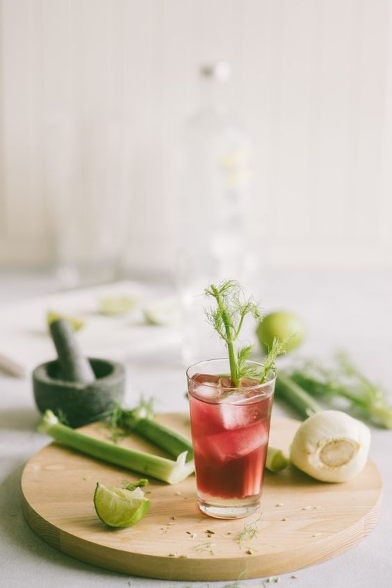 Cranberry fennel refresher