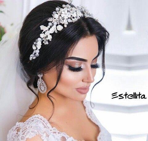 Pin By Tane Kashanari On Wedding Bridal Hair And Makeup Wedding Hair Adornments Wedding Hair And Makeup