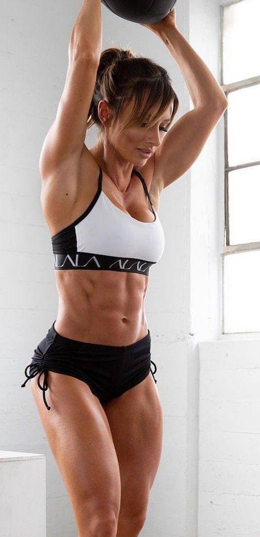 Wer gerade Muskeln aufbaut, kann nicht gleichzeitig Fett verbrennen – und umgekehrt.