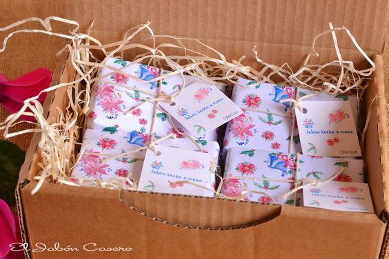 Regalos para la Navidad, cajitas con jabones artesanales. Consultas y encargos: eljaboncasero@gmail.com