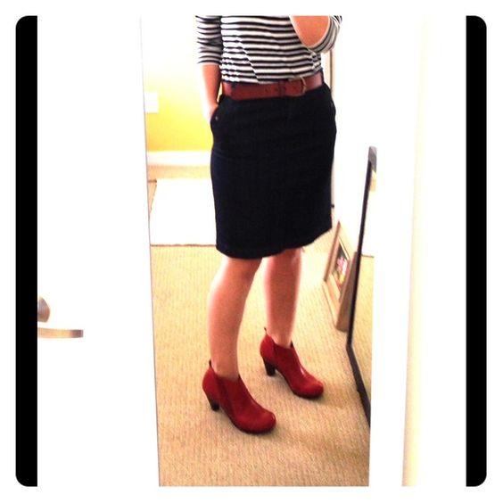 J crew denim skirt Size 4 denim skirt jcrew waist is 16 inches ...