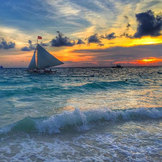 "Thom King de Villa on Instagram: ""Sunset in Boracay. Glad to have been given the chance to witness one of the best sunsets in the world. [Boracay, Philippines] Thank you @goasean @greatvacations and @italiansailer for the recent features """