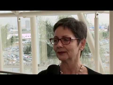 """Laura Valente - Consultora da WRI Brasil / Embarq Brasil fala com o Canal Mova-se sobre o conceito de cidade sustentável.    Agradecimentos:  <a href=""""http://http://embarqbrasil.org/"""" target=""""_blank"""">http://http://embarqbrasil.org/</a>"""