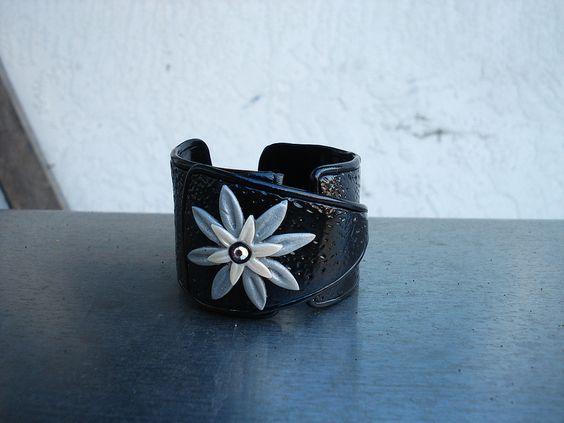sliver flower bracelet