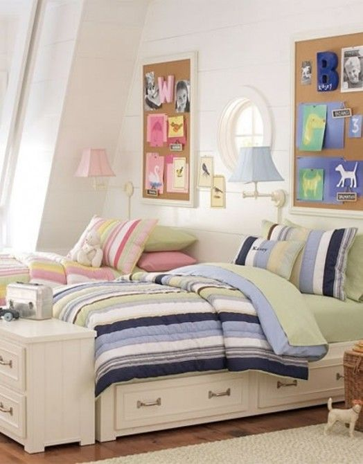 12 blue and pink shared kids rooms kidsomania boy for Bedroom ideas for girls sharing a room