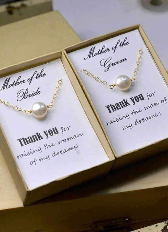 The perfect mother of the bride or mother of the groom gift. Fresh water coin pearl bracelet with touching message from @dianajewelryca   #motherofthebride #motherofthegroom #giftidea