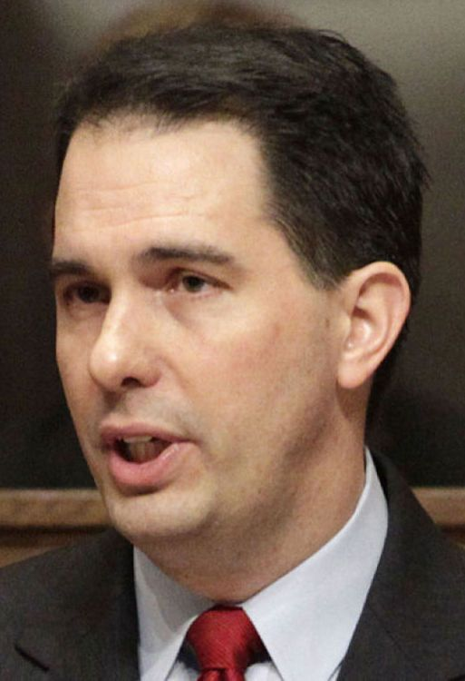 On Politics: Ashley Furniture owners gave $20,000 to Scott Walker shortly after WEDC vote : Wsj