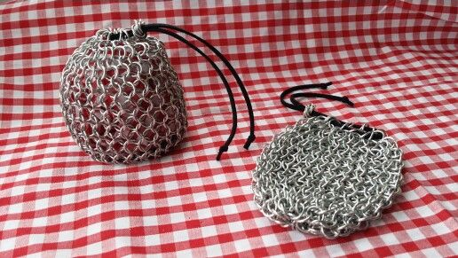 Chainmail pouch