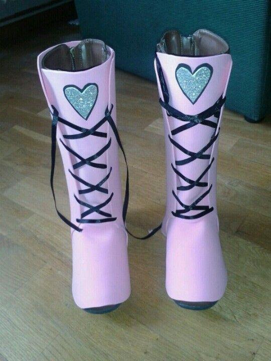 botas draculaura de goma eva disfraces pinterest