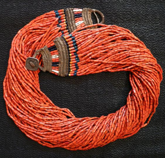 NAGA necklace - Glass trade beads and twine necklace