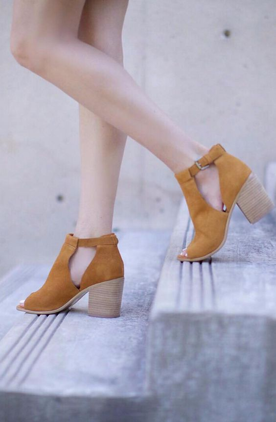 Ferris Block Heel | Sole Society