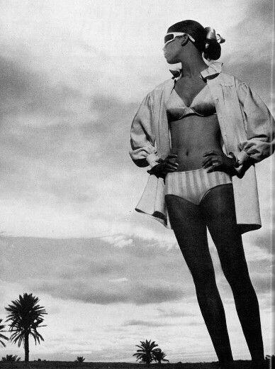 Vogue UK 1967 Ann Turkel photographed by Helmut Newton. 60s beach style.
