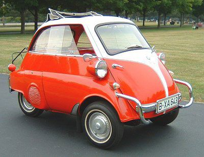BMW Isetta. I'd love one of these.