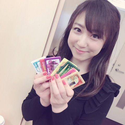 川田裕美アナウンサーの黒い衣装