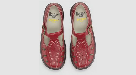 http://store.drmartens.co.uk/images/product/medium/15055620.T.png