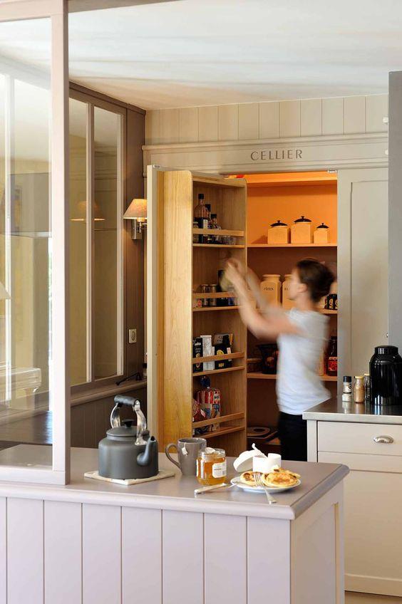 Entre la cuisine et l 39 atelier verri re de s paration comptoir lambris - Separation de cuisine ...