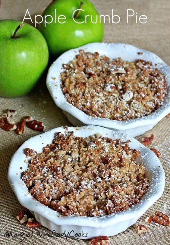 Apple Crumb Pie made with a cookie crumb crust | #apple #pie #dessert @wineladyjo