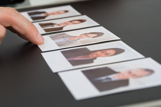 http://berufebilder.de/wp-content/uploads/2016/05/personalauswahl.jpg 2 X 4 Recruiting-Schritte für effektive Personalauswahl: Mehr als ein gutes Gefühl