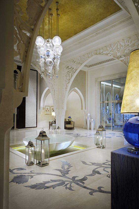 Welcome to one only the palm dubai the palm for Dubai hotels 7 star interior