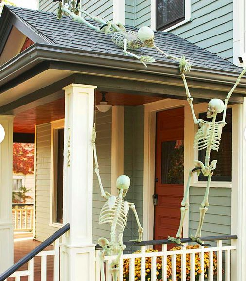 Hilarious Skeleton Decorations For Your Yard on Halloween ...