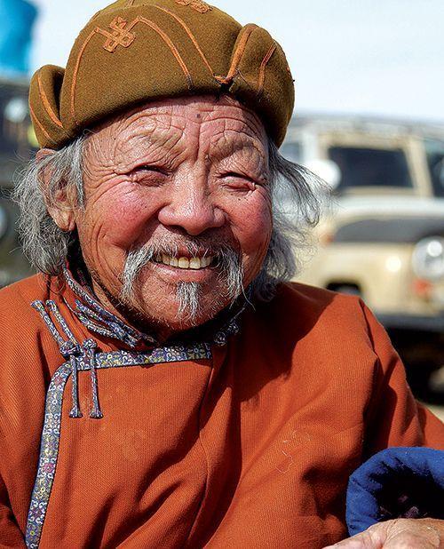 Nomad . Mongolia; pinned by Anika Schmitt