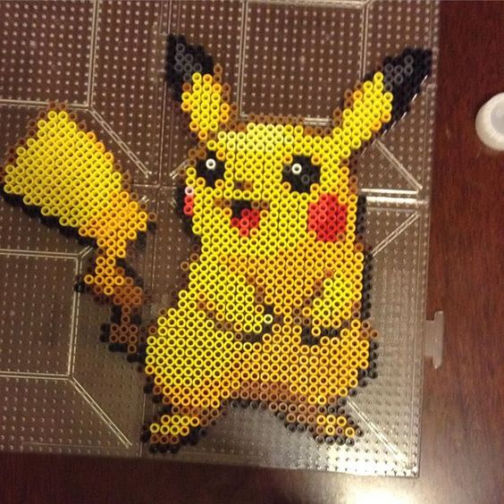 pikachu perler beads by perler purrs pokemon pinterest b gelperlen pikachu und perlen. Black Bedroom Furniture Sets. Home Design Ideas