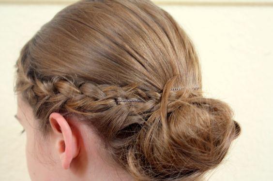 Du oder der Rest der Welt: Tutorial #1 Geflochtenes Haarband mit Dutt