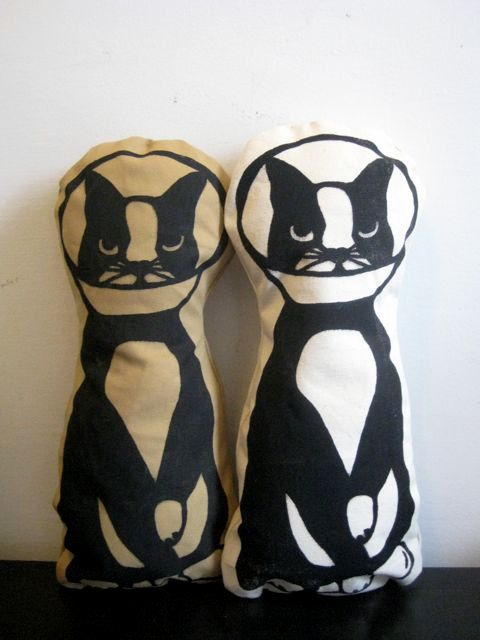 cone cat pillow doll (pinkbabymouse @ etsy)