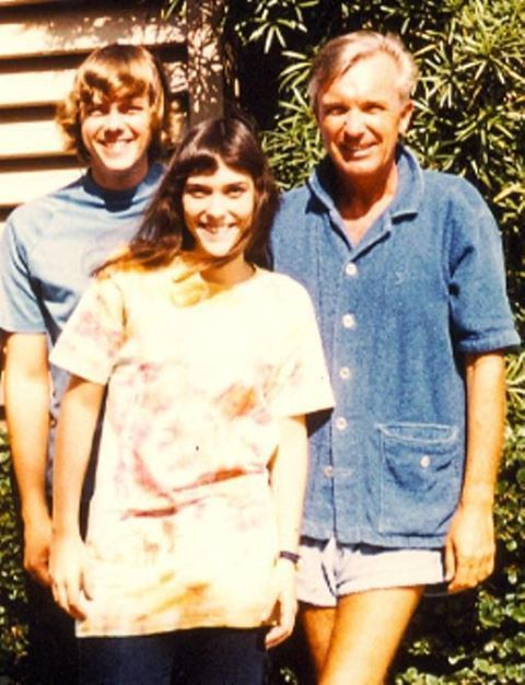 Richard and Karen with their dad, Harold Carpenter.  At least I think that's their dad, but I'm not sure. Somebody with VERY skinny legs, that's for sure!