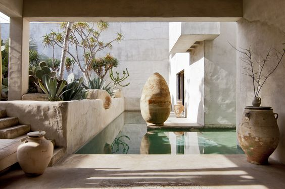 Get the look of the Los Angeles Venice Beach abode that resembles a serene desert oasis