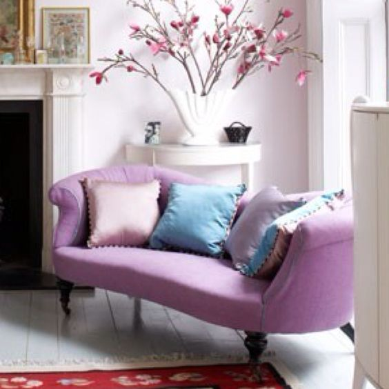 LOVE this purple couch!