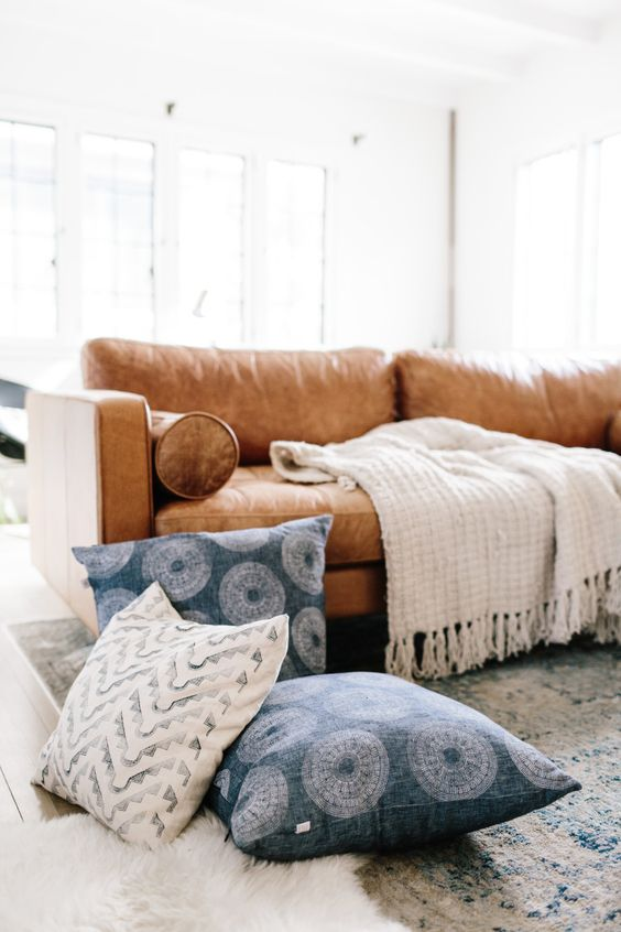 Mua sofa da thật ở đâu có chất lượng tốt, giá hợp lý
