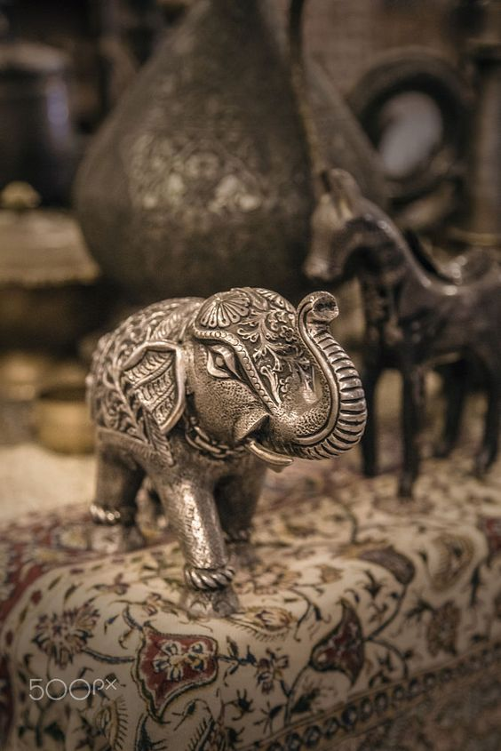 Elephant figurine made of metal by Dmytro Sidashev on 500px