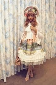 #xylia #classicallolita #classiclolita #lolitafashion #bonnet
