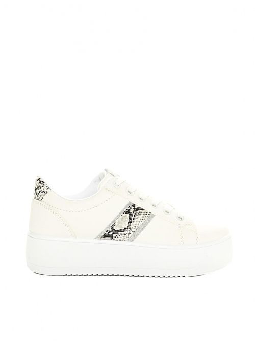 White sneakers with details in snake
