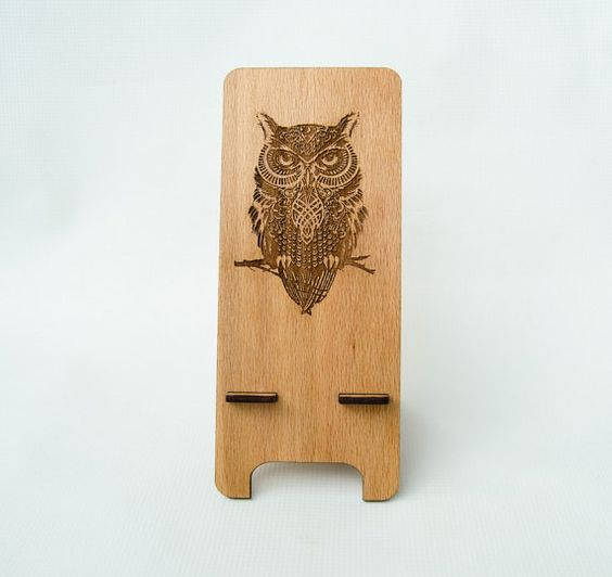 iPhone Stand Owl  gadget organizers iPhone4  by myPhoneStand