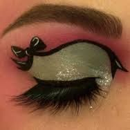 Bow eye