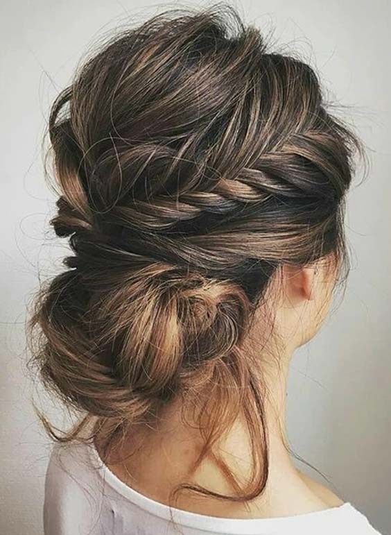 Perfect Messy Bun Hairstyles For Women In 2018 Medium Hair Styles Braided Hairstyles Easy Braided Hairstyles