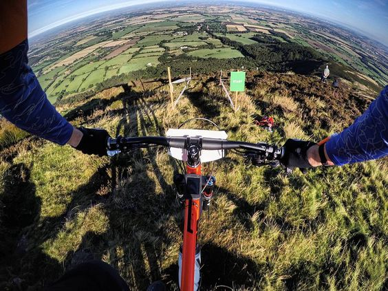Ard Moors - Stage 1. The only way is down! Another awesone stage reminded me of Guissy with the conditions up top but loved the gap jumps!  #mtb #enduromtb #downhill #airdrop #edit #loam #instagood #instalike #photooftheday #instamovie #bike #gopro #goprophotography #goprooftheday #goprouniverse #gopronation #mountainbiking #strava #me #sports #maxxis #uk #joystickcomponents #rideyourbike #yorkshiredales #hamsterley #picoftheday #ardrock #moors