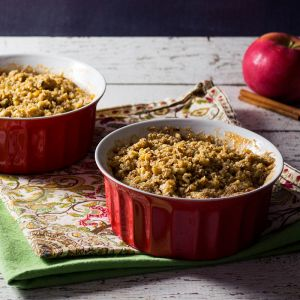 A gluten free apple crisp that's also paleo friendly. You won't be missing any gluten here. - OCD Kitchen