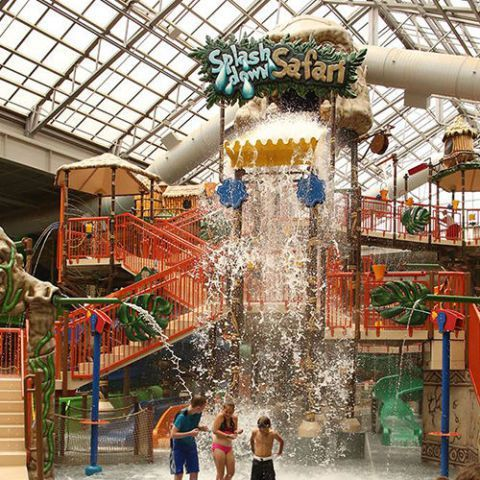 The Best Indoor Water Parks Near New York City For A Splashing Good Time Indoor Waterpark Water Parks Near Me Water Park