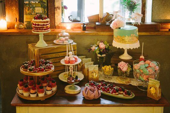 Doppelte Hochzeitstorte von Krümelfee | Foto: Glamoureffekt