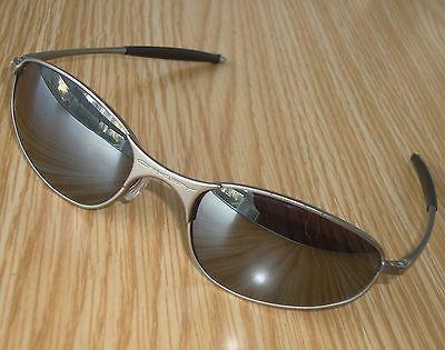 Excell.Vtg.OAKLEY A-Wire gunmetal Sunglasses 54mm Plutonite Mirror lenses - USA https://t.co/vcouG89wWu https://t.co/32OgOeIGh4