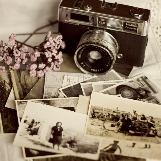 it something i would love and it shall love me back (i HOPE so) because i love memories and this helps me cherish them