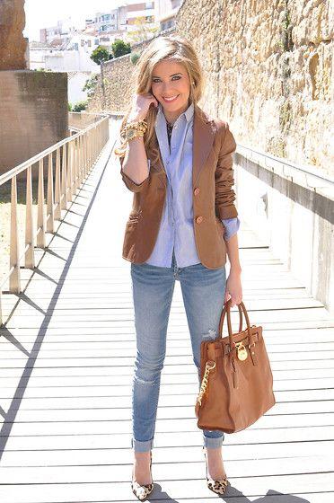 Zara Blazer, Choies Shirt, Pull & Bear Jeans, Michael Kors Bag, Carolina Herrera Heels, El Ricón De Las Dalias Necklace: