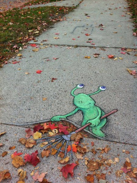 chalk bomber by illustrator David Zinn in Ann Arbor, Michigan http://www.zinnart.com/ #street_art #guerilla