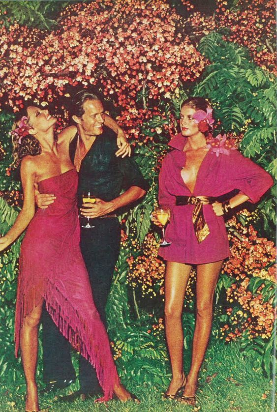 <3 Renee Russo and Cheryl Tiegs photographed by Helmut Newton, Vogue 1974.: